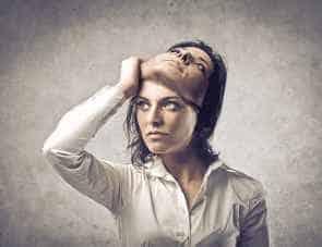Disturbi dissociativi: perdita della connessione mnesica e percettiva
